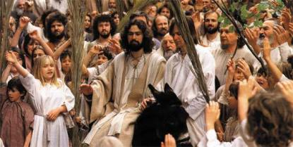 jesus_on_donkey_palmsundaycrowd